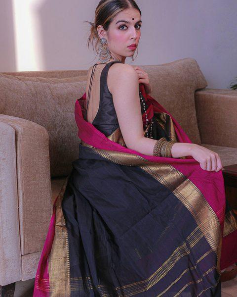 Gadhwal-cotton-saree-with-rich-border-2